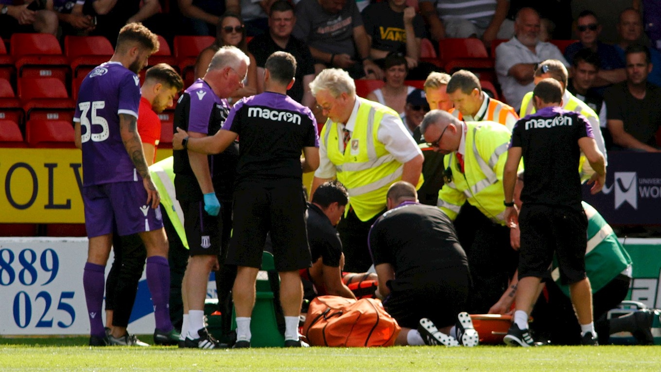 Kory Roberts Facing Lengthy Spell on the Sidelines as Double Leg Break is Confirmed
